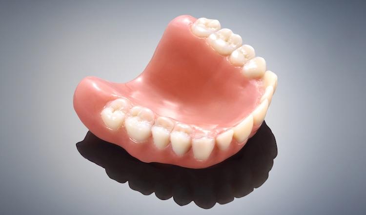 Stratasys lanceert een nieuwe printer voor dentale toepassingen.