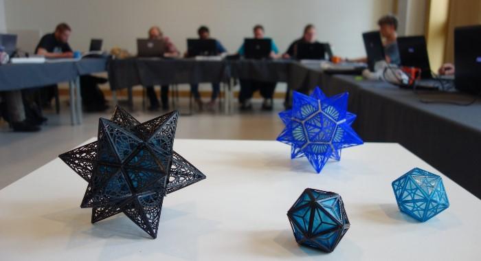Eerste lichting van 3D printopleiding 3D Ambacht start met stage