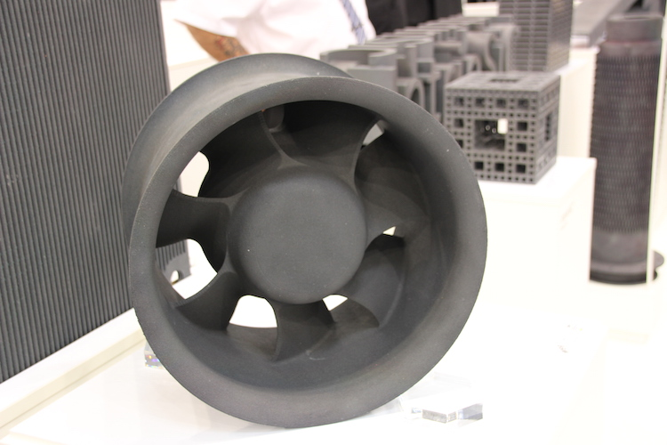 Een impeller 3D geprint van soliciumcarbide.