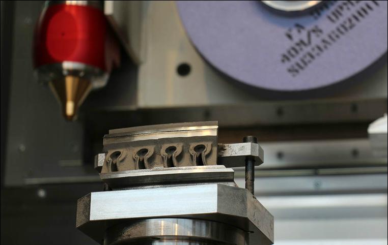 ELB bouwt eerste hybride millGrind: slijpen en 3D printen