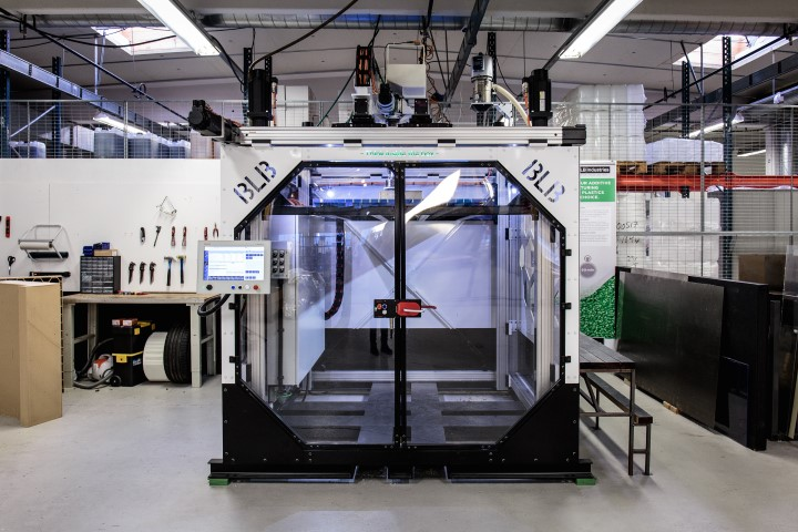 BLB Industries extrudeert granulaat direct in 3D printer