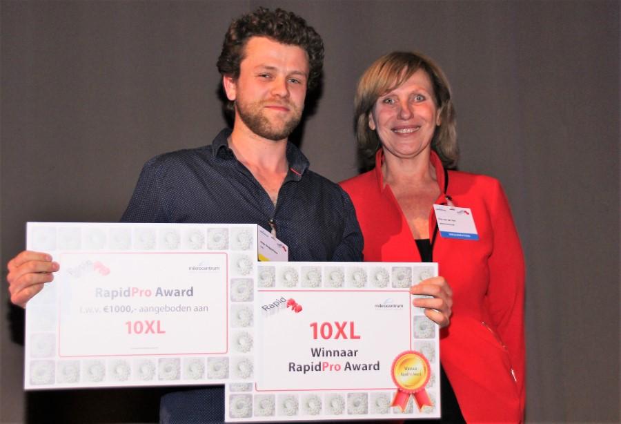 Photo of 10XL wint RapidPro Start-up Award