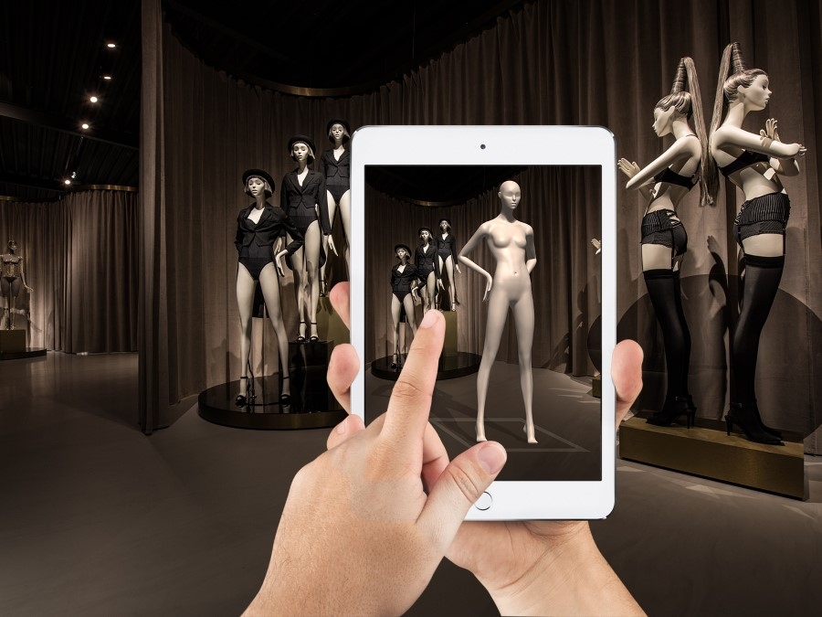 Photo of Hans Boodt Mannequins brengt etalagepoppen tot leven met  Augmented Reality