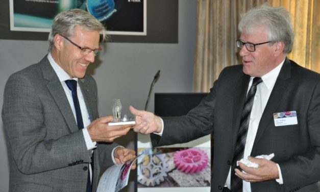 Wilhelm Meiners (Trumpf) krijgt Big Five Award for AM