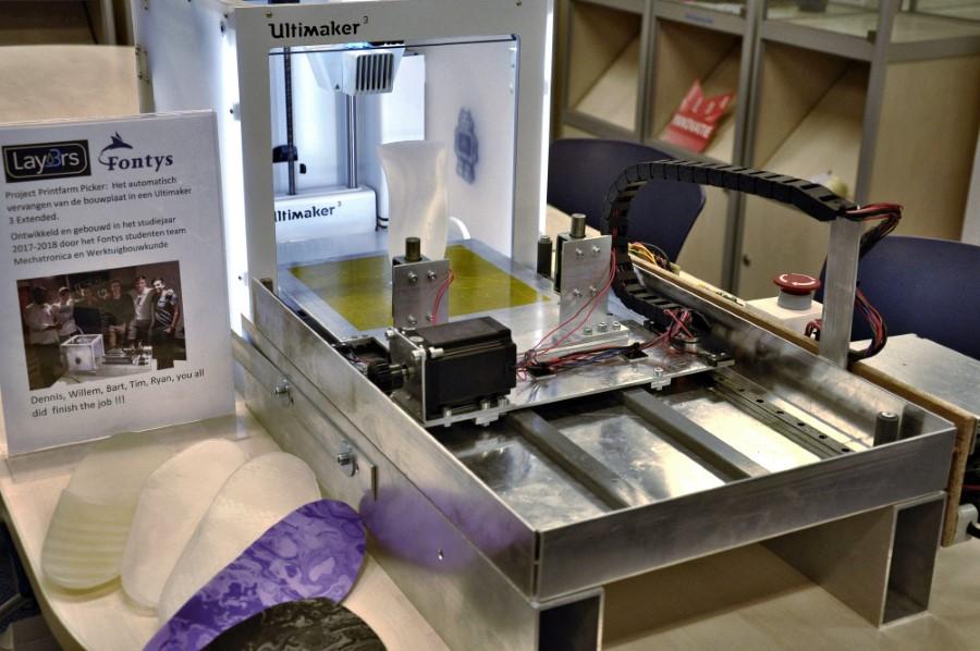 Photo of Is 'robot' de oplossing voor serieproductie met 3D printfarm?