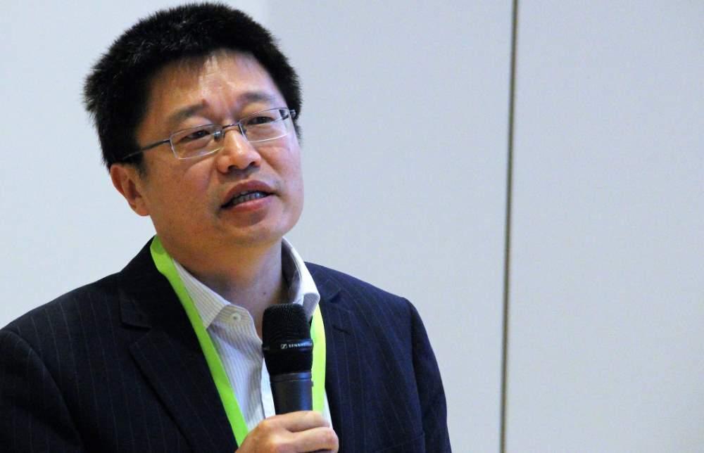 Shoufeng Yang