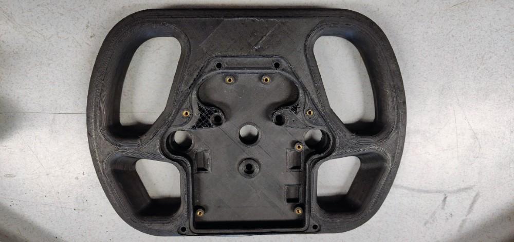Photo of URE team zet 3D printen steeds meer in voor elektrische racewagen