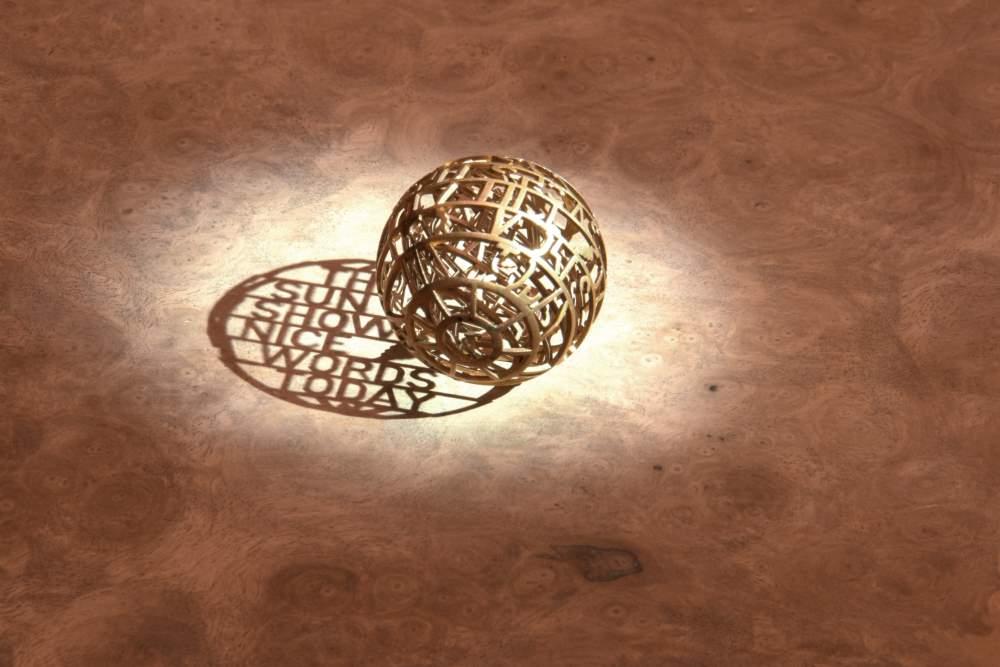 Photo of Sunrose zonnewijzer geeft dankzij 3D printen geheime boodschap prijs