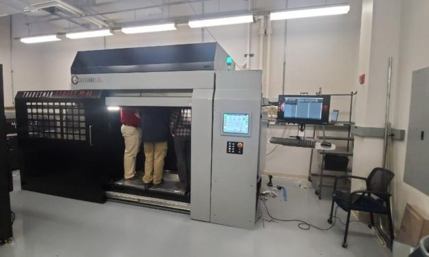 DSM en JuggerBot 3D starten programma Fused Granulate Fabrication