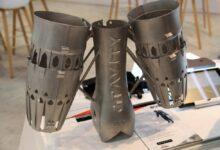 Photo of Britse marine test jet suit van Gravity Industries