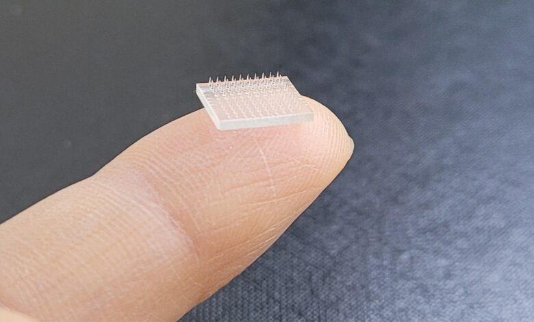 Photo of Vaccineren met 3D geprinte micronaalden in pleister 10 keer effectiever
